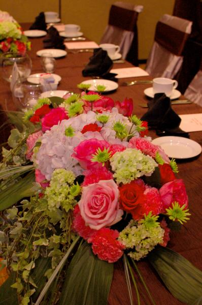 [Image: Don't leave your tables bare! Let us create beautiful flowers to enhance the beauty of your event. ]